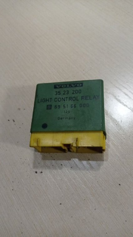 Блок управления светом Volvo 850