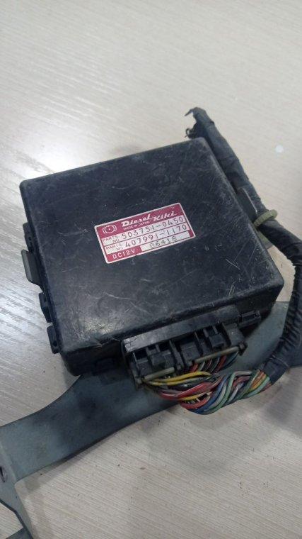 Блок управления двигателем Nissan Sunny FB13