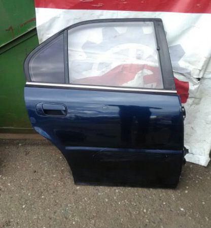 Дверь Honda Rafaga CE4 G20A 1994 задняя правая