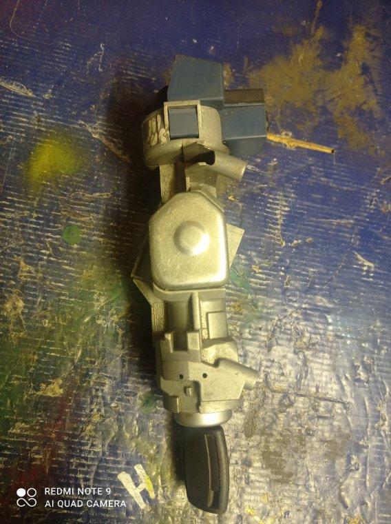 Замок зажигания Ford Focus CB8 PNDA