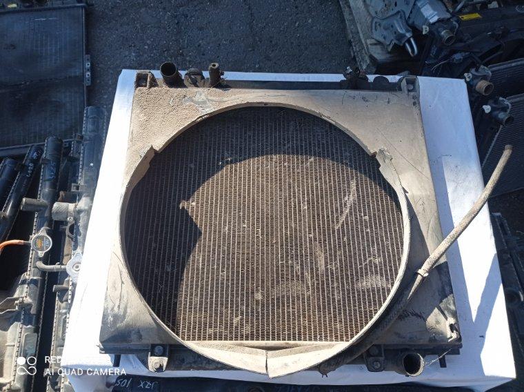 Радиатор охлаждения двигателя Mitsubishi Delica PD5V 4D56T