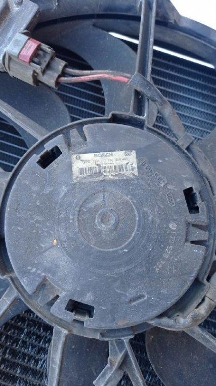 Мотор вентилятора охлаждения Ford Focus CB8 PNDA