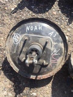 Вакуумный усилитель тормозов Toyota Noah ZR