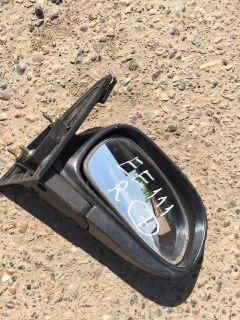 Зеркало боковое Toyota Corolla EE111 правое