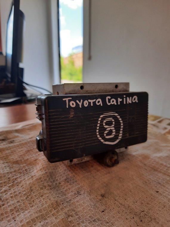 Блок управления abs Toyota Carina ST202