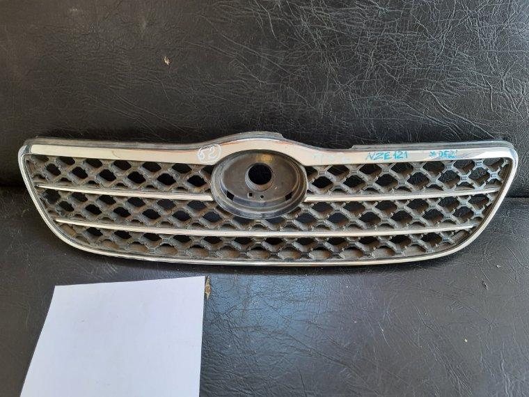 Решетка радиатора Toyota Corolla