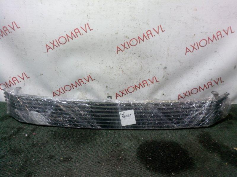 Решетка радиатора Toyota Voxy AZR60 1AZ 2001