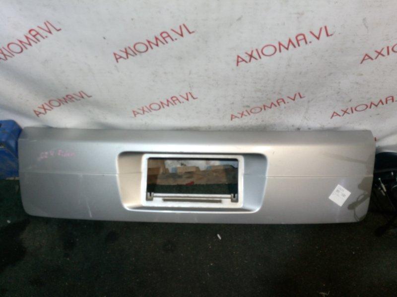 Накладка 5-й двери Nissan Serena C24 QR20 1999