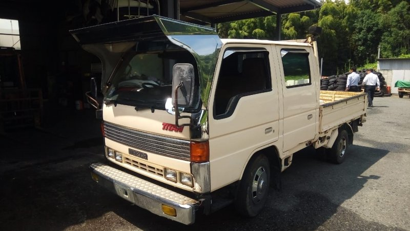 Бампер Mazda Titan WG5AT XA 1991 передний