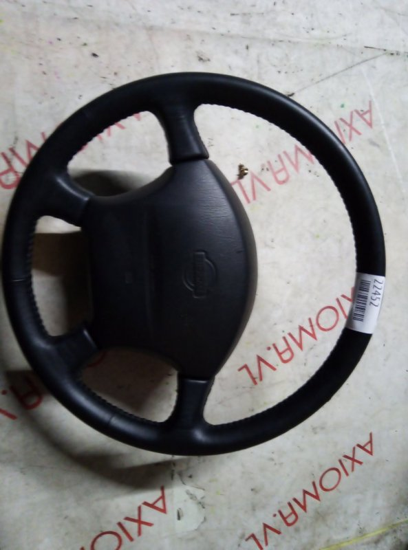 Руль Nissan Largo NW30 KA24DE 1993