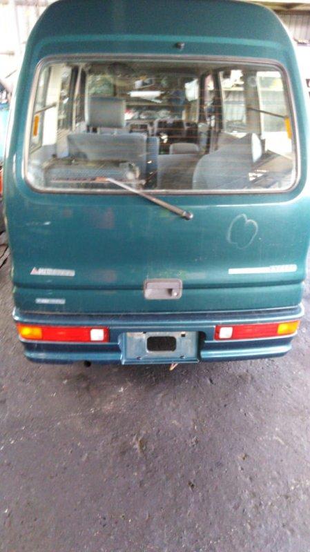 Бампер Mitsubishi Bravo U44V 4A30 1991 задний