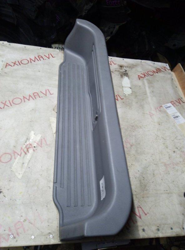 Порожек пластиковый Mazda Bongo Friendee SGEW FE 1999 задний левый