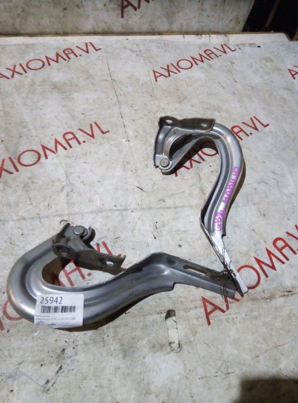 Петля капота Honda Mobilio GB2 L15A 2001