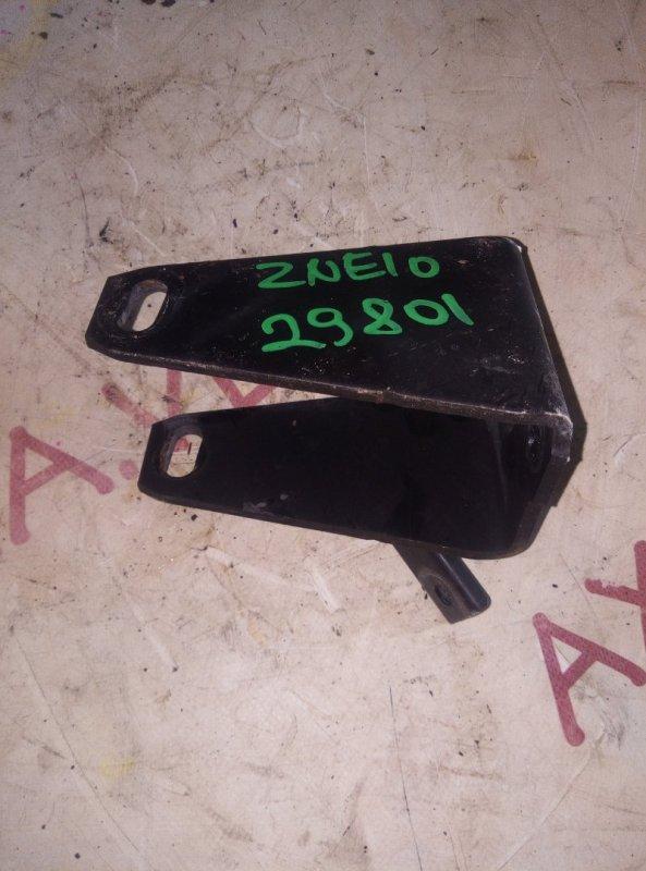 Крепление подушки двс Toyota Wish ZNE10 1ZZ 2003 переднее