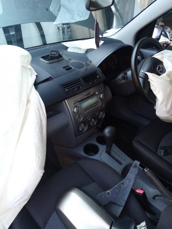 Климат-контроль Mazda Demio DY3W ZJ 2005