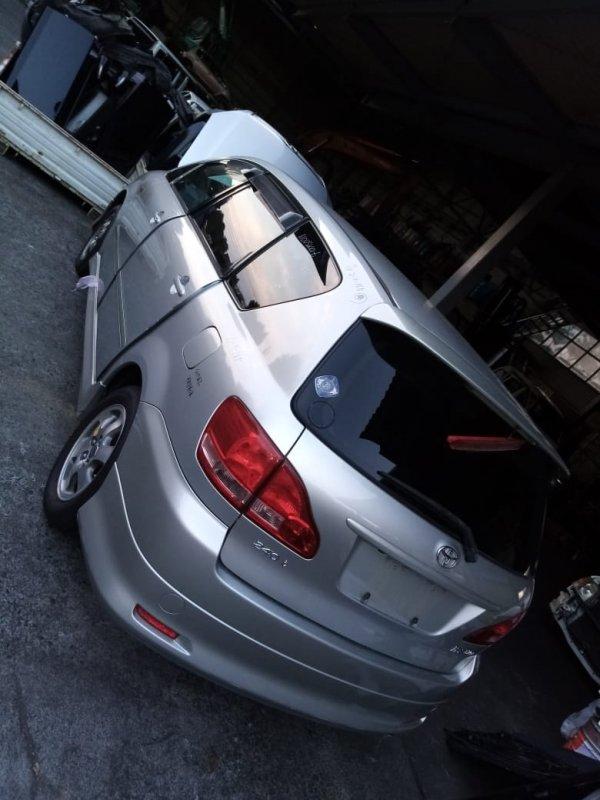 Бампер Toyota Ipsum ACM21 2AZ 2001 задний