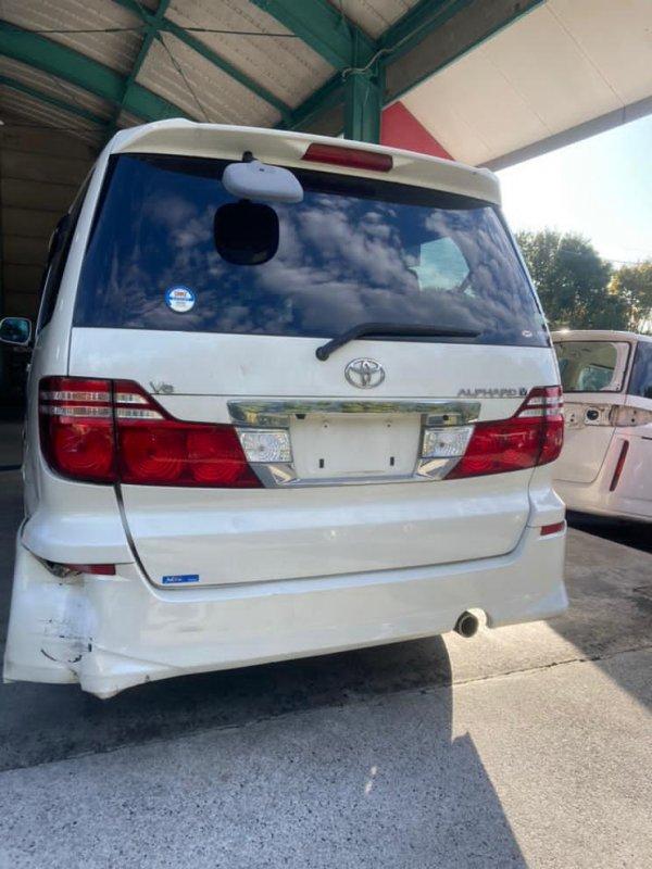 Планка под стоп Toyota Alphard MNH10 1MZ 2005 задняя правая