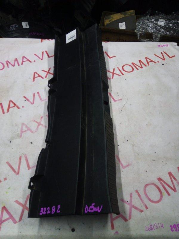 Накладка замка багажника Mazda Verisa DC5W ZY 2004