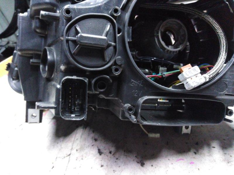 Фара Bmw 5-Series F10 N47D20 2009 передняя правая
