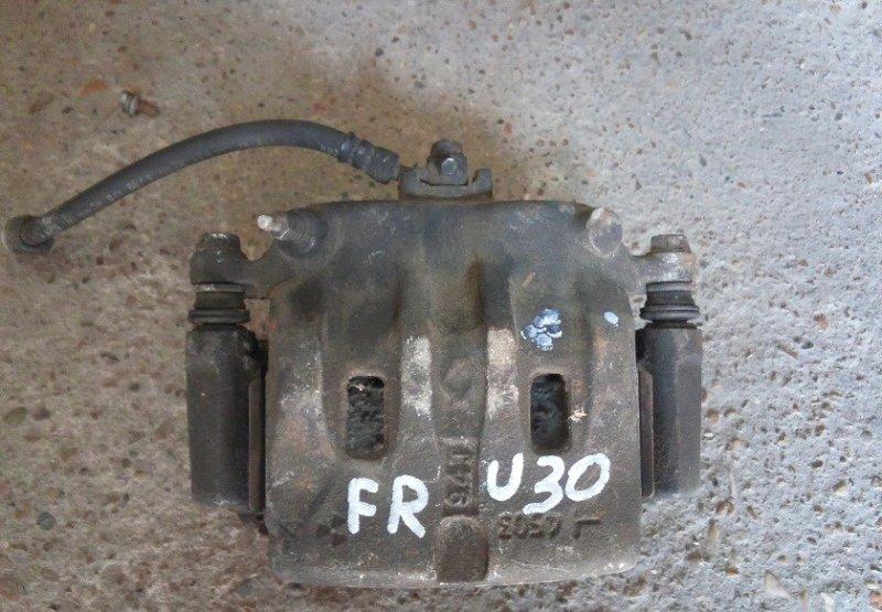 Суппорт Nissan Presage U30 передний правый