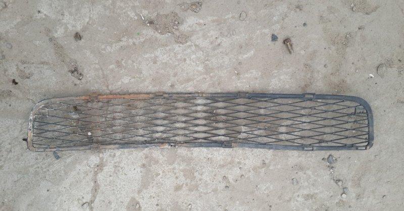 Решетка радиатора Toyota Yaris SCP90 2SZ-FE 2008 нижняя