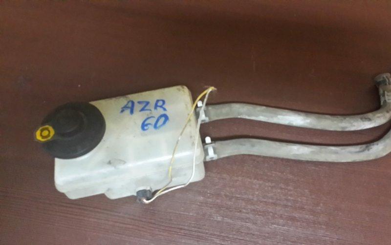 Бачок для тормозной жидкости Toyota Noah AZR60 2AZFE