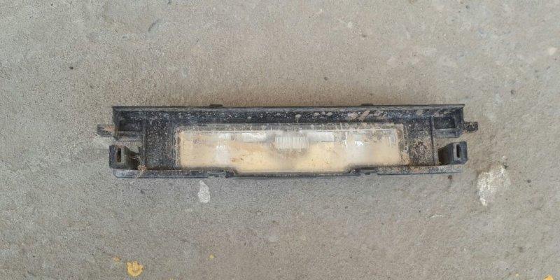 Фонарь подсветки номера Toyota Yaris SCP90 2SZ-FE 2008