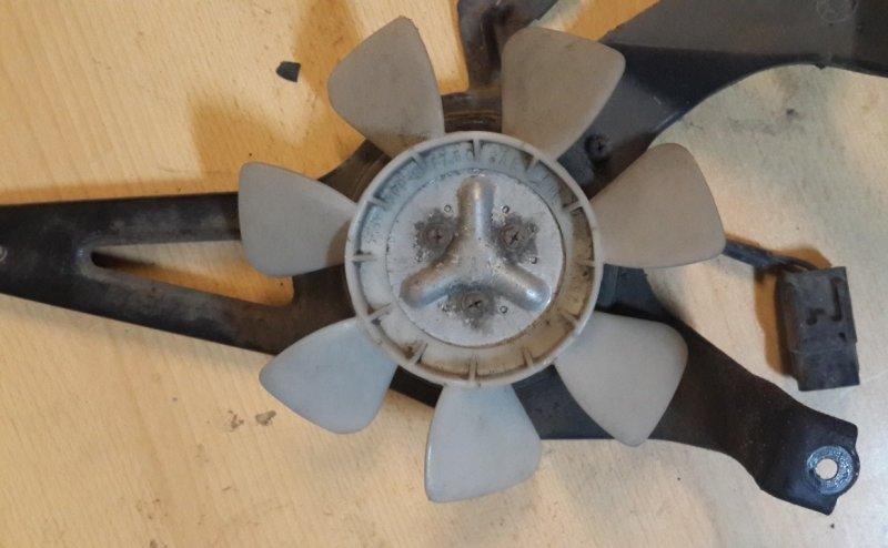 Мотор вентилятора Toyota Chaser JZX90 1JZGE