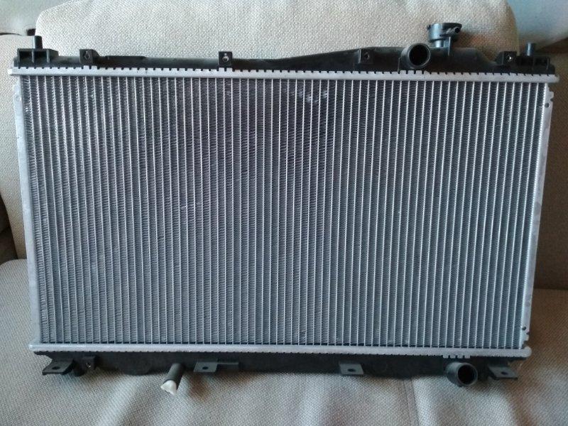 Радиатор охлаждения Honda Civic ES 1.6 2001