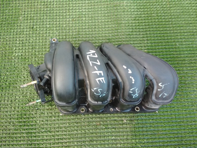 Коллектор впускной Toyota Wish ZNE10 1ZZFE 2003