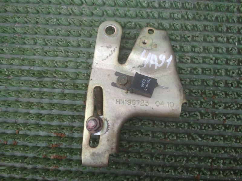 Натяжитель генератора Mitsubishi Colt Plus Z21A 4A91 2002