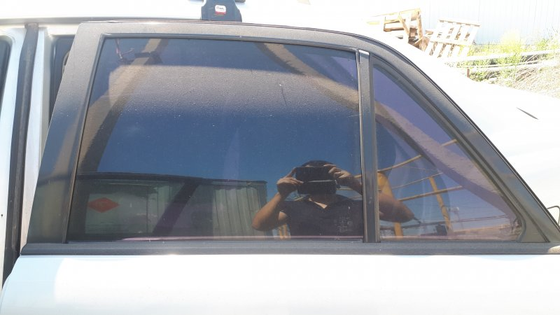 Форточка двери Mazda Capella GFER FS-DE 2002 задняя левая