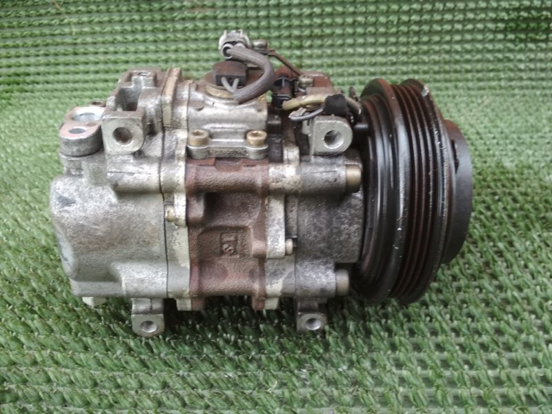 Компрессор кондиционера Subaru Legacy BH5 EJ201