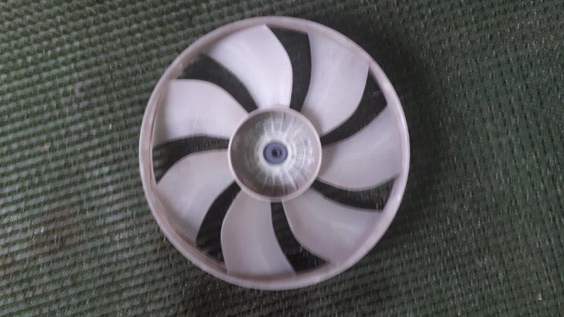 Крыльчатка вентилятора Mitsubishi Ek Wagon H81W 3G83