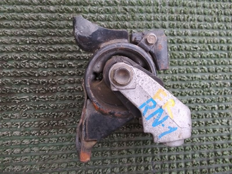 Подушка двигателя Honda Stream RN1 D17A 2002 правая