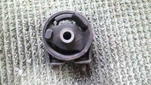 Подушка двигателя Mazda Demio DW3W передняя