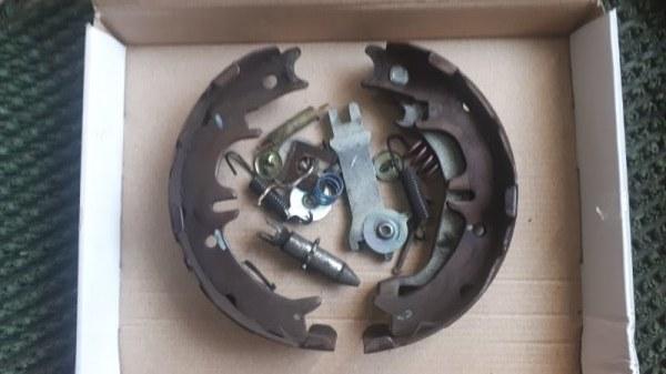 Механизм стояночного тормоза Toyota Estima ACR30 1MZFE задний левый
