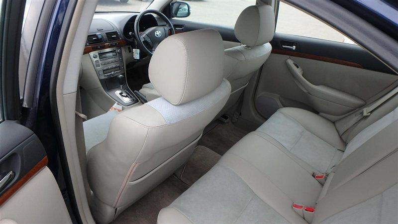 Порог Toyota Avensis AZT251 2AZ-FSE 2007 левый