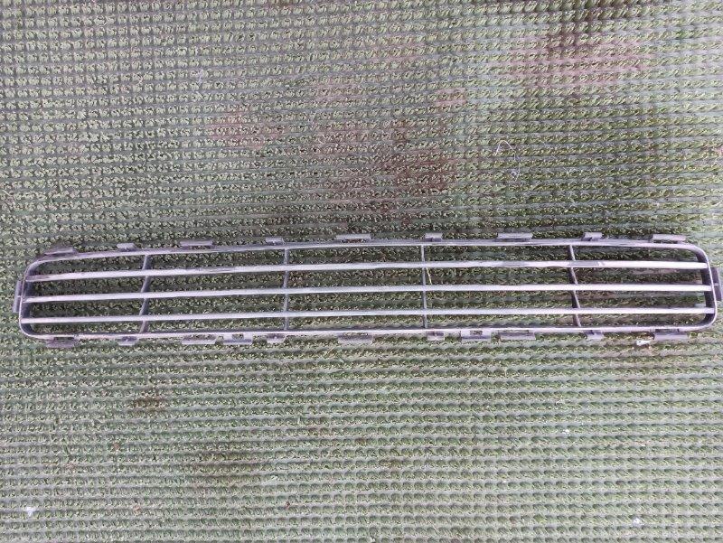 Решетка радиатора Toyota Avensis AZT251 2AZ-FSE 2007 нижняя
