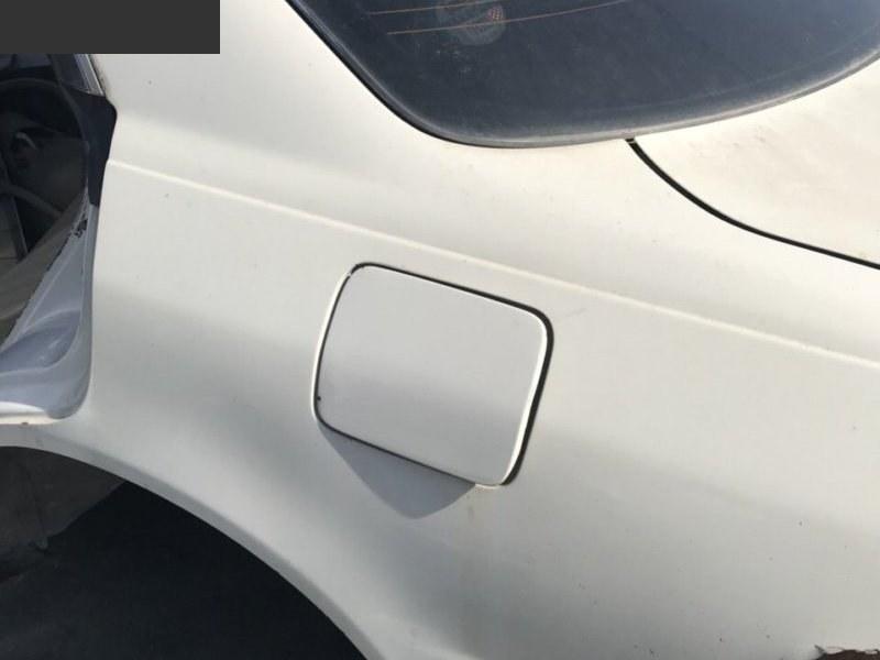 Лючок топливного бака Toyota Mark Ii JZX100 левый