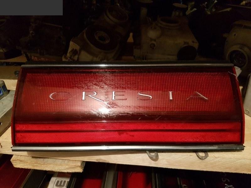 Вставка между стопов Toyota Cresta GX81