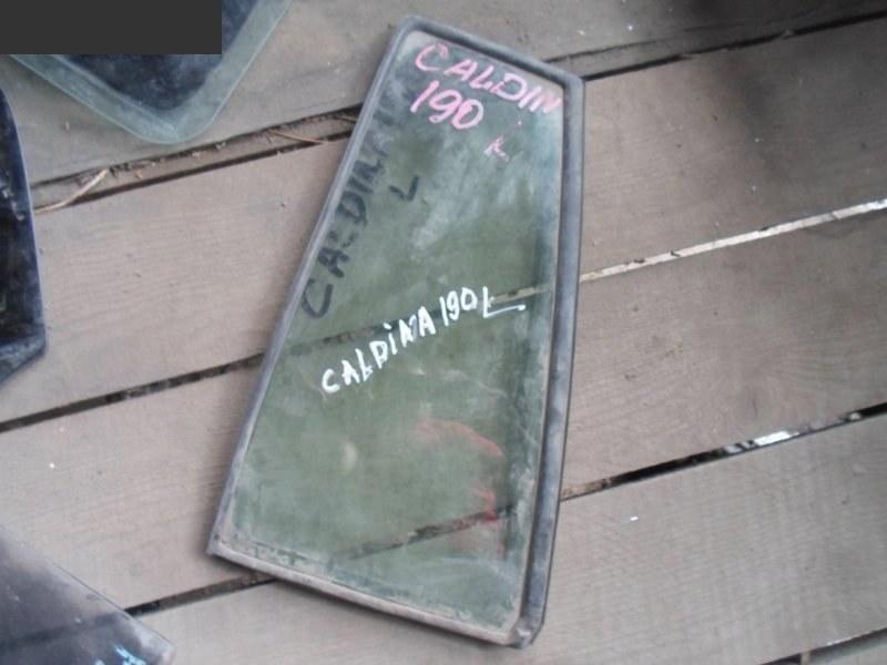 Форточка дверная Toyota Caldina CT190G задняя левая