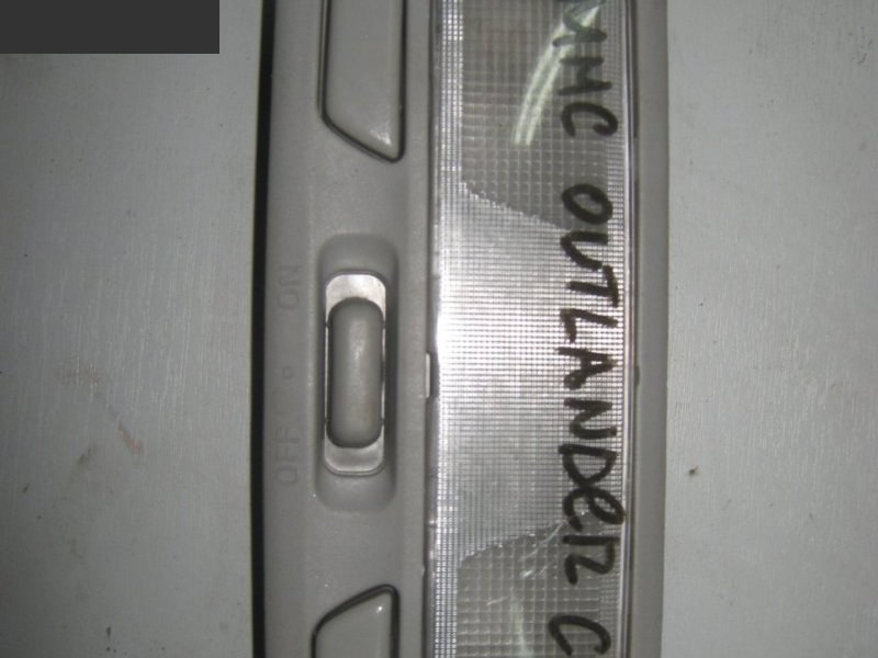 Плафон салона Mitsubishi Outlander CU5W 4G69 2005
