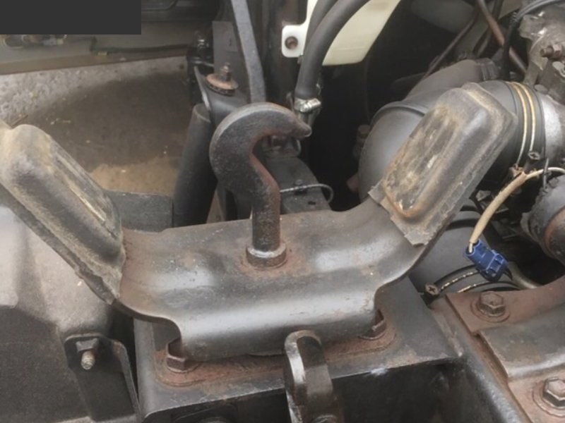 Подушка кабины Toyota Dyna BU94 14B задняя левая нижняя