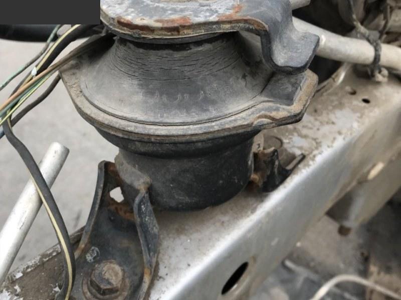 Подушка двигателя Mitsubishi Outlander CU5W 4G69 правая