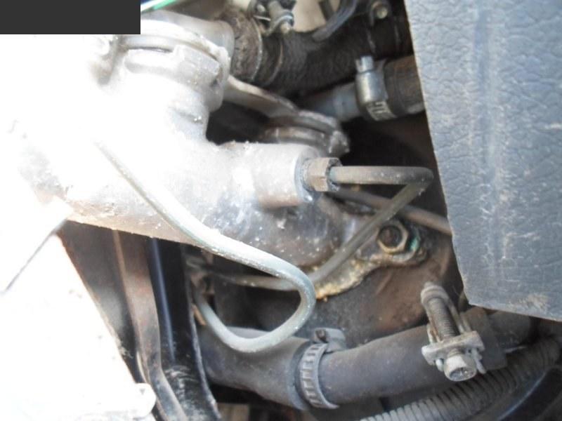 Главный тормозной цилиндр Nissan Homy KRME24 TD27