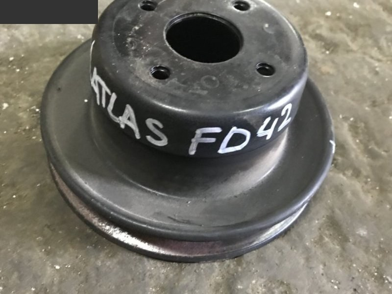 Шкив Nissan Atlas FD42 1994