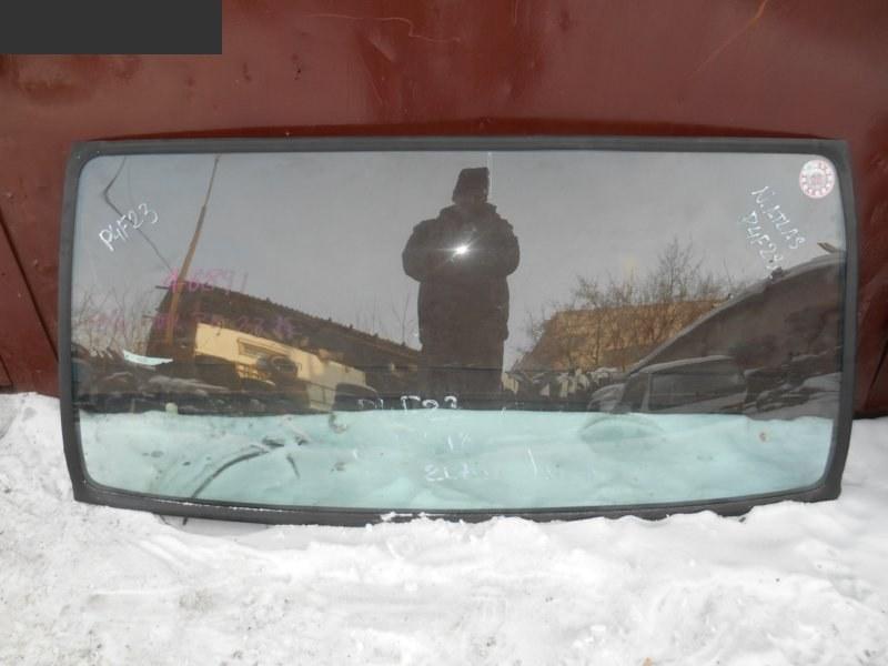 Стекло лобовое Nissan Atlas TD27