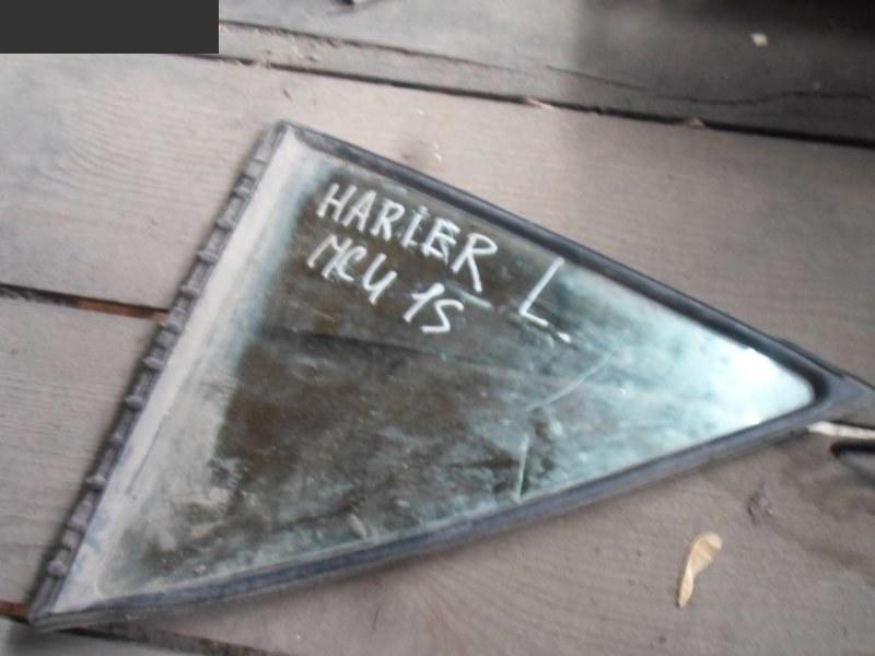 Форточка дверная Toyota Harrier MCU15W задняя левая