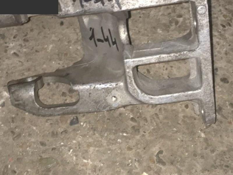 Кронштейн Daihatsu Storia M111S K3-VE